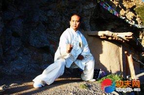 段保华:两仪拳传人、中国武医同源传承健康首席专家